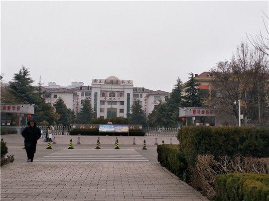 华全移动静音发电机组为潍坊东明中学艺考保电护航