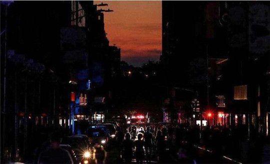 纽约大规模停电致7万人受影响,还觉得发电机组不重要?